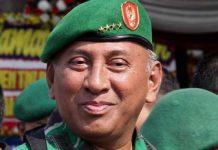 Mantan KSAD Jenderal (Purn) George Toisutta (foto. dok)