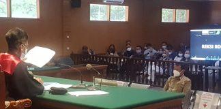 Mantan Bupati Bogor dua Periode Rachmat Yasin saat menjalani sidang.