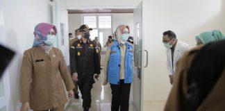 Walikota Tangerang Selatan, Airin Rachmi Diany meresmikan Rumah Sakit Umum Daerah (RSUD) Serpong Utara Kota Tangerang Selatan.