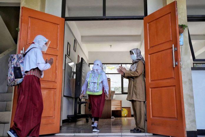 Semula 30 persen dari kapasitas ruangan, PTMT di Kota Bandung diturunkan menjadi 25 persen (ist)