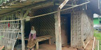 Keadaan memilukan nenek Mirah dan rumahnya yang tak layak huni