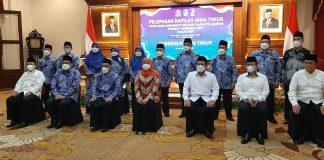 Gubernur Khofifah Foto bersama Kafilah Jatim saat pelepasan di gedung Grahadi Surabaya