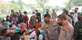 Pelaksanaan vaksinasi oleh alumni akabri 89 di Banten